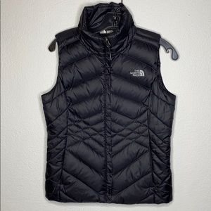 THE NORTH FACE 550 Black Puffer Vest